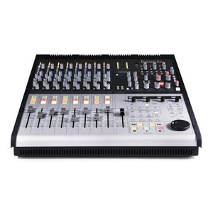 [FR-2802] Control 2802 :: Small format analogue mixing console with Ethernet-based DAW control
